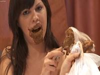 Kaviarspiele in den Slip gekackt und Girls isst ihre eigene Scheisse Scat Porn